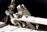Foreman při EVA-5 (23.03.2008)