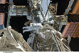 Bowen při EVA-1 (18.11.2008)