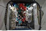 Obě posádky v prostorách ISS (25.11.2008)