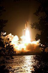 Start raketoplánu Endeavour STS-126 (15.11.2008)