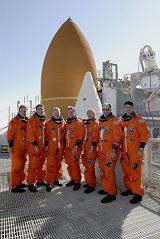 Posádka STS-126 při TCDT (29.10.2008)