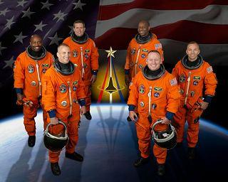 Posádka STS-129