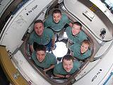 Posádka STS-130 v modulu Cupola (19.02.2010)