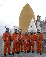 Posádka STS-130 při TCDT (21.01.2010)