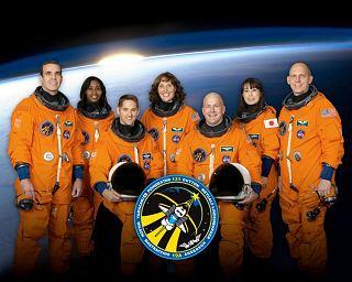 Posádka STS-131