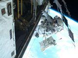 Mastracchio při výstupu EVA-2 (11.04.2010)