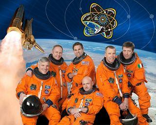 Posádka STS-134
