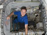 Ferguson v MPLM modulu Raffaello během STS-135 (14.07.2011)