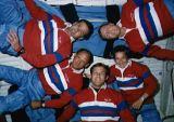 Společná fotografie posádky na oběžné dráze (06.05.1989)