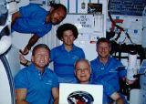 Společná fotografie posádky na oběžné dráze (28.04.1990)