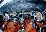 Posádka STS-33 při předletové přípravě v JSC (05.10.1989)