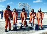 Posádka STS-34 při nácviku záchranných operací (22.09.1989)