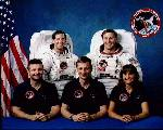 Posádka STS-37
