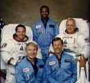 Posádka STS-41-B