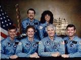 Posádka STS-41-D