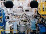 Předstartovní příprava sestavy ATLAS-1 pro STS-45 na KSC (10.02.1992)