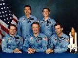 Posádka STS-51-J