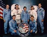 Posádka STS-61-B