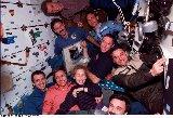 Kompletní posádka na Miru