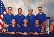 Posádka STS-82