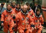 Příchod posádky STS-91 ke startu (02.06.1998)