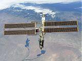 ISS při odletu STS-98 (16.02.2001)