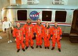 Posádka STS-98 při TCDT (06.01.2001)