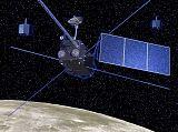Kresba sondy KAGUYA u Měsíce