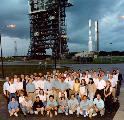 Vývojový tým MGS na kosmodromu před startem