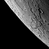 Snímek Merkuru při druhém průletu sondy MESSENGER (06.10.2008)