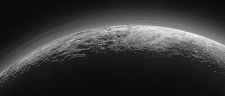 Snímek Pluta ze sondy New Horizons (14.7.2015)